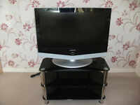 "Samsung 32"" LCD HD ready with TV Stand"