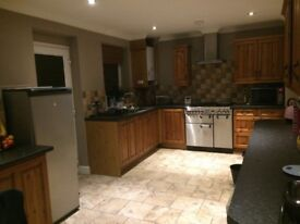 1 Double bedroom to rent in 4 bed house (Jun 1st - Aug 31st)