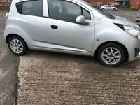 CHEVROLET SPARK PLUS - LOW PRICE AND LOW MILEAGE