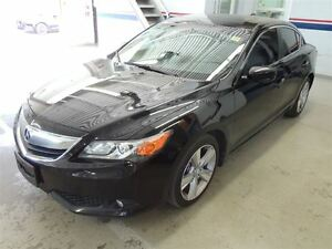 2013 Acura ILX NAVIGATION, BACK UP CAMERA, TECH PACK