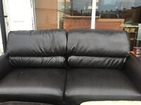 BLACK LEATHER SOFA 3 SEATER USED VERY COMFY