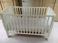 Mamas and Papas Willow cot