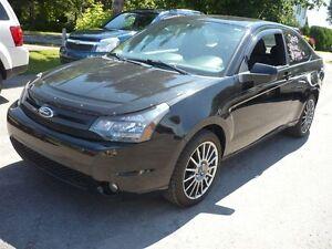 2009 Ford Focus SES  AUT MAGS PNEUS NEUF