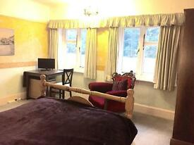 Double Room in quiet house Bournemouth Queens Park