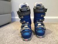 Ski boots UK 3, worn once