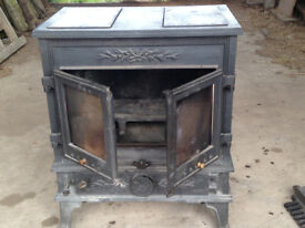 Stovax Blenheim Multi-Fuel wood burning stove - powerful enough for large rooms or sheds!