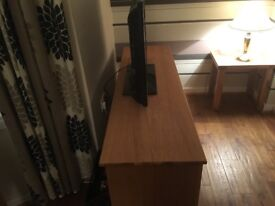 Soild oak tv stand , from Rother wood , price new £670 , will except £ 200
