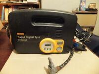 Halfords Rapid Digital Tyre Inflator Used £10