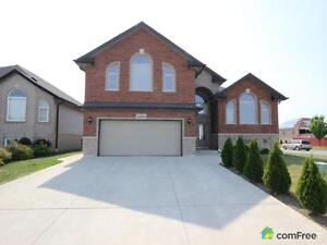 $480,000 - Bungalow for sale in Windsor