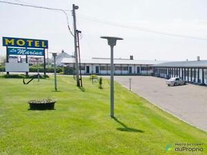 498 500$ - Hotel / Motel à vendre à Matane