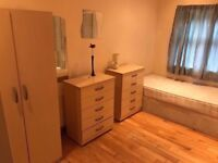 LEYTON - MODERN ENSUITE TWIN ROOM WITH OWN SHOWER at RUCKHOLT RD