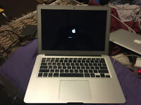 "MACBOOK AIR 13"" 2013 MODEL , I5 2.5GHZ 3rd Gen, 4gb Ram, 128 mSSD, mac os"