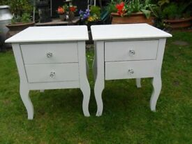 TWO BEDSIDE DRAWERS-SIDE TABLES WITH LOVELY GLASS KNOBS-FURNITURE-COLLECT