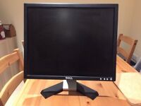 *FOR SALE* Dell 19 inch PC monitor