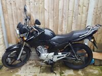Yamaha YBR 125, good condition, with new rear tyre and heated grips