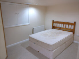 Flatshare in Roundhay LS8 4HS