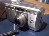 FUJITSU POWERSHOT S45 CAMERA WITH MEMORY CARD