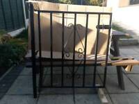 SINGLE GARDEN/PATH METAL GATE WITH POST - VGC
