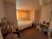 2 bedroom flat in Baden Road, Brighton, BN2 (2 bed) (#1124805)
