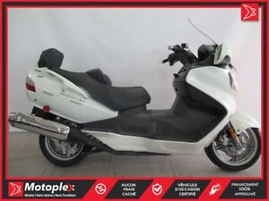2009 Suzuki Burgman 650 Executive 27,89$/SEMAINE