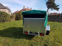 Trailers 7.7 x 4.1 with ramp cover free