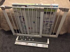 2 x gates + 2 extensions, Lindam Sure Shut Orto Pressure Fit Safety Gates + Extensions