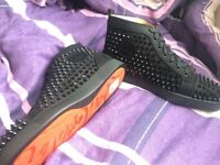 New Christian Louboutin shoes in black suede size 8