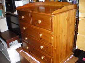 REDUCED-TOP QUALITY SOLID PINE CHEST OF DRAWERS