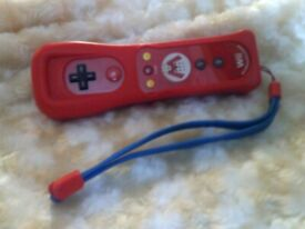 RED 25TH ANNIVERSARY MARIO WII CONTROLLER