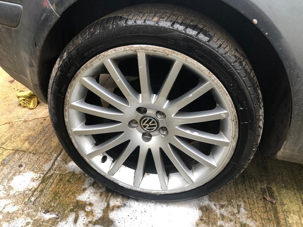 VW Golf Mk4 alloy wheels and tyres