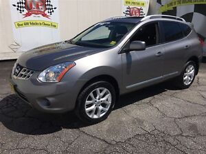 2013 Nissan Rogue SV, Automatic, Sunroof, Back Up Camera, AWD