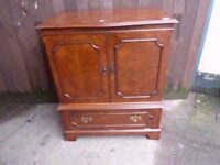 Tv Cabinet With Drop Down Light By Fold Door Unit Delivery Available £10