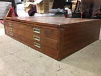 Elegant wooden plan chest