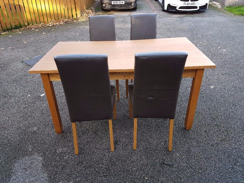 NEXT Oak Veneer Etending Dining Table & 4 Leather Chairs FREE DELIVERY 068