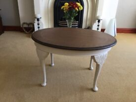 Small oval coffee table with matt