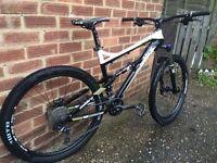 """Calibre Bossnut Full suspension 19"""" mountain bike"""