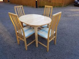Solid Rubber Wood Extending Dining Table & 4 Tapley Chairs FREE DELIVERY 892