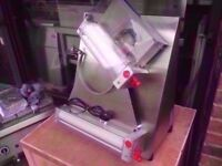 """NEW COMMERCIAL CATERING DOUGH ROLLER 16"""" PIZZA BAKERY CAFE RESTAURANT KITCHEN BBQ TAKE AWAY"""