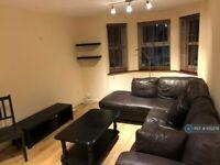 1 bedroom flat in Saffron Court, London, E15 (1 bed) (#1012279)