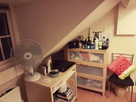 ***Cozzy Single Spacious Room*** Reading Town Ce