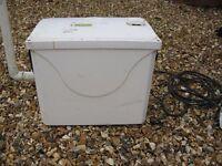 GRUNDFOS LIFTAWAY C40-1 LIFTING STATION WATER PUMP LAUNDRY WASHROOM WORKING SANIFLOW 07 999 965 138