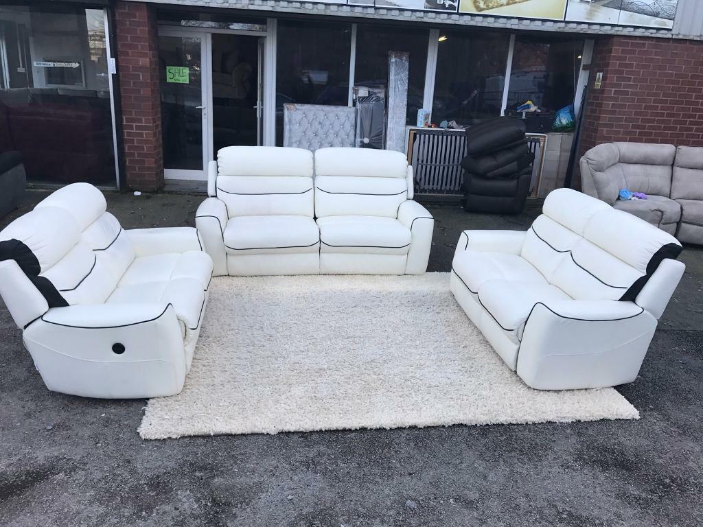 La z boy cool power leather 2 seater with 2 reclining chairs - La Z Boy Missouri White Leather Electric Power Recliner 3 2 2