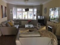 3 Bedroomed Detached House for Sale in Warlingham - Private gated development of 10 houses