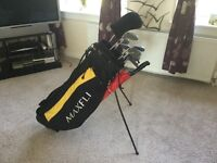 FULL SET OF BROWNING GRAPHITE IRONS, 1,3,5,7 METAL WOODS, PUTTER.LIGHTWEIGHT BAG WITH STAND £60