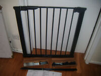 BabyDan Premier Extra Wide Saftey Stair Gate With Extension Kit