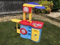 Toddler mini Kitchen