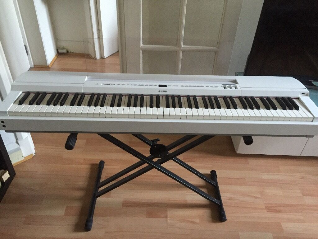 p255 yamaha digital piano in south kensington london