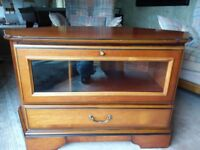 TV wood corner unit with drawer and shelf