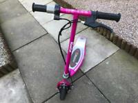 Girls Razor E100 Electric scooter