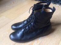 FRYE women's black leather boots size 4.5/37